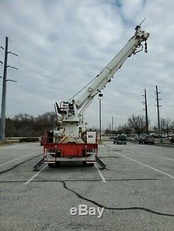 1998 Internationa Digger Derrick crane, 61K for miles, 47' Boom, Lifts 24,000 lb