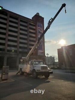 2000 Digger Derrick crane, 32K for miles, Terex 4047 Lifts 19,930 lbs, 47' boom