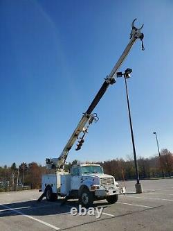 2001 Digger Derrick crane, 102K for miles, Terex 4047 Lifts 18,650 lbs, 47' boom