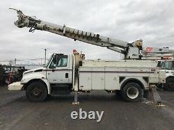 2002 Digger Derrick crane, 143K for miles, Altec D947 Lifts 24,000 lbs, 47' boom